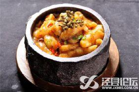 十三太煲石锅饭让人难挪步伐的美食