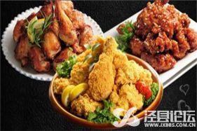 浓香的巨咖炸鸡更是一种饮食文化的展示